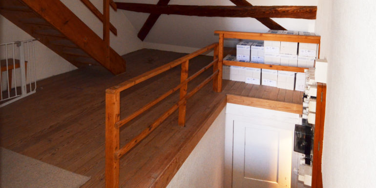 06 2-OG-Vorplatz-Treppen