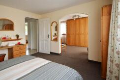 27 Schlafzimmer 1-2