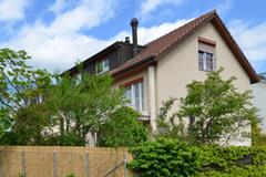 Elegantes 6.5-Zi-Eck-Einfamilienhaus in Reinach