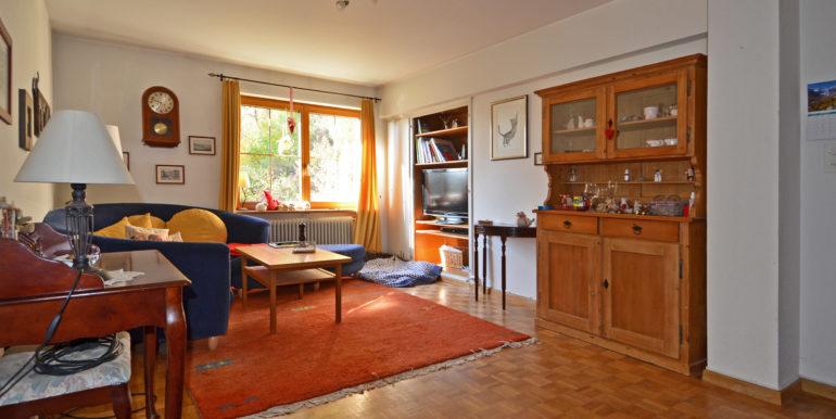 11 Wohnung Wohnzimmer