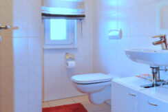 8 EG Gäste-WC