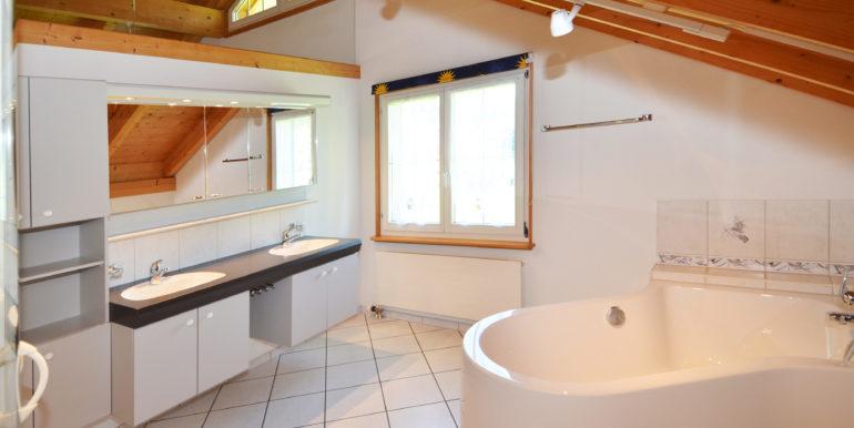 34-Badezimmer
