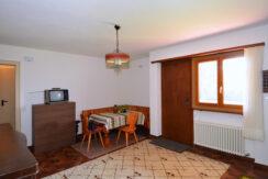 Wohnzimmer-UG2