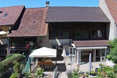 Historisches 7½-Z'-Bauernhaus IN 4422 Arisdorf