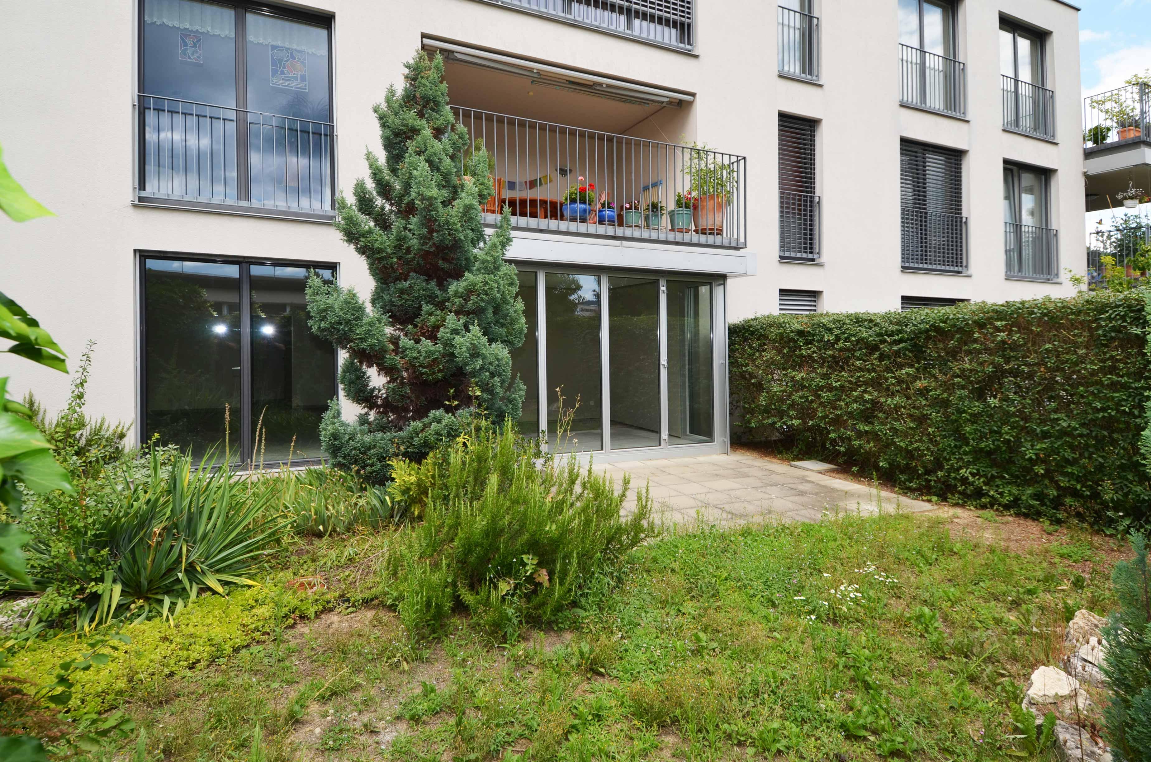 3 5 zi eigentumswohnung mit wintergarten und eigenem garten in 4153 reinach proimmobilia. Black Bedroom Furniture Sets. Home Design Ideas