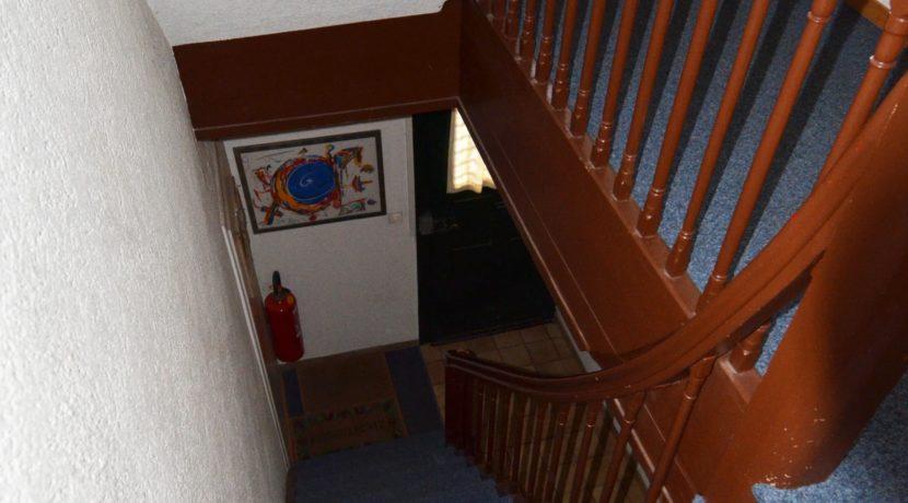 EG-Treppenhaus-nach-OG