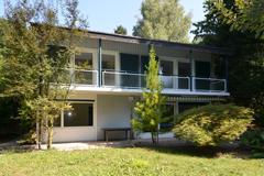 Freistehendes Einfamilienhaus an guter Lage in Binningen