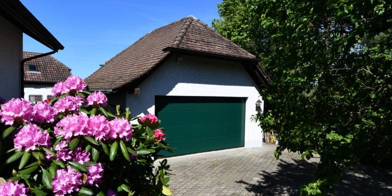 04 Garage