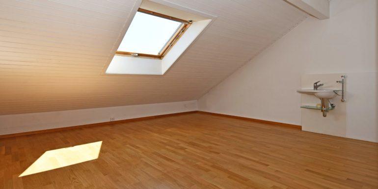 11-Zimmer-oben